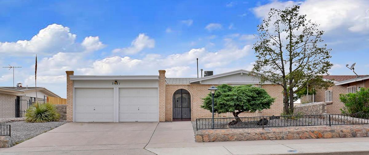 5421 CAROUSEL, El Paso, Texas 79912, 3 Bedrooms Bedrooms, ,2 BathroomsBathrooms,Residential,For sale,CAROUSEL,832957