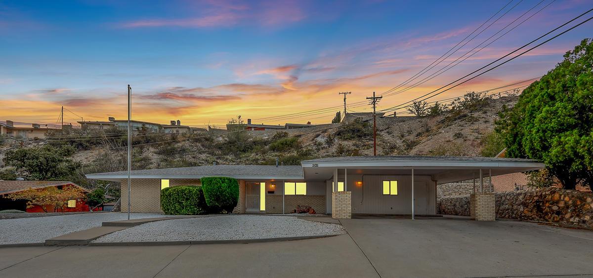 4241 CANTERBURY, El Paso, Texas 79902, 5 Bedrooms Bedrooms, ,3 BathroomsBathrooms,Residential,For sale,CANTERBURY,834023