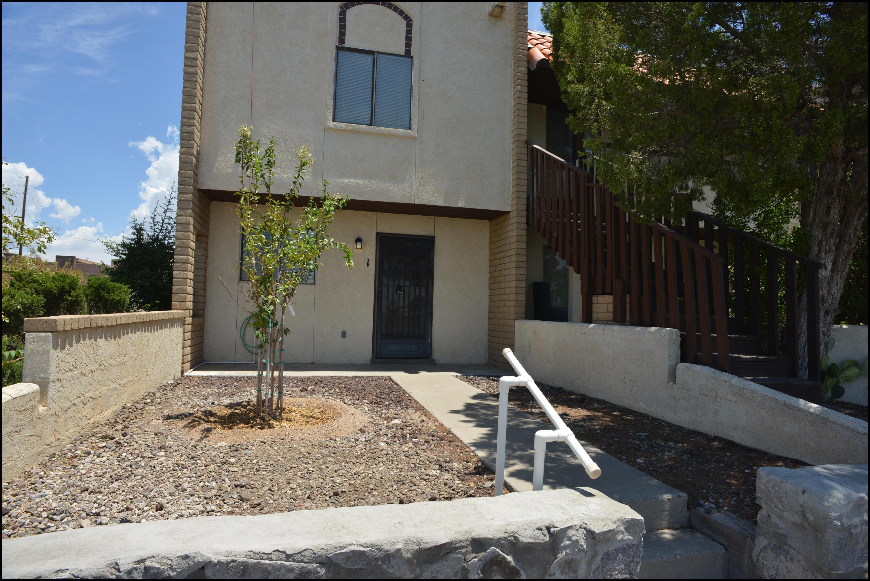 2930 Claude Dove Drive, Las Cruces, New Mexico 88011, 2 Bedrooms Bedrooms, ,2 BathroomsBathrooms,Residential Rental,For Rent,Claude Dove,834253