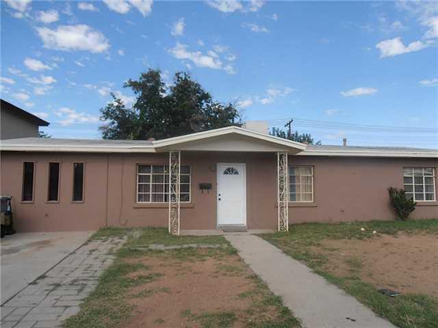 1301 ELMHURST Drive, El Paso, Texas 79925, 3 Bedrooms Bedrooms, ,1 BathroomBathrooms,Residential Rental,For Rent,ELMHURST,834254