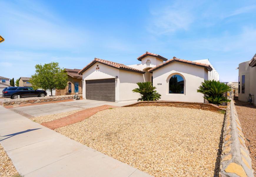 12709 COZY COVE Avenue, El Paso, Texas 79938, 3 Bedrooms Bedrooms, ,2 BathroomsBathrooms,Residential Rental,For Rent,COZY COVE,834262
