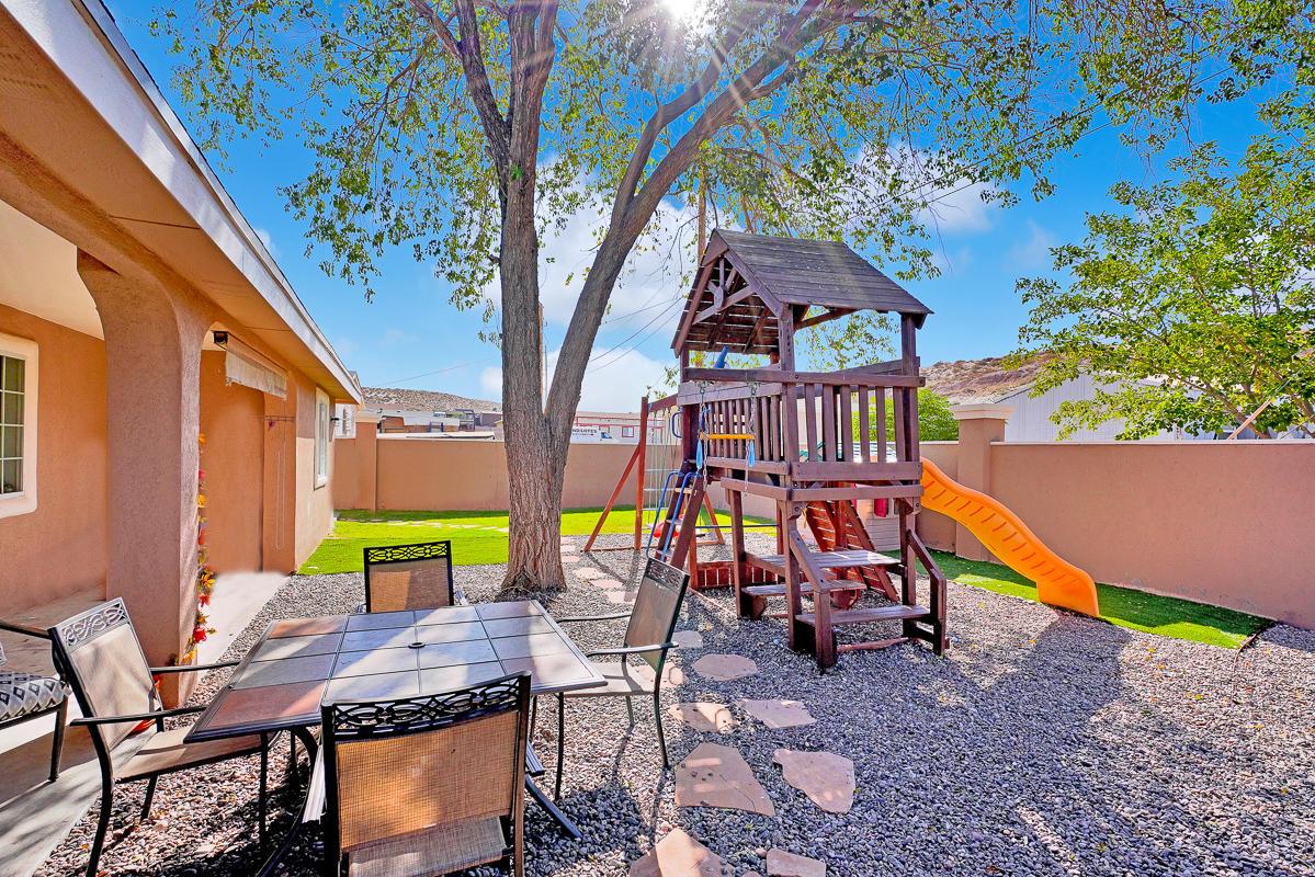 238 Colorado, Sunland Park, New Mexico 88063, 3 Bedrooms Bedrooms, ,2 BathroomsBathrooms,Residential,For sale,Colorado,835765