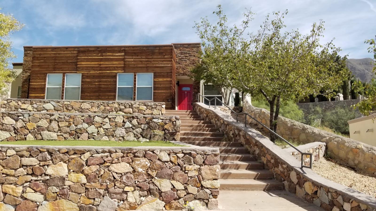 4717 Pistolero Lane, El Paso, Texas 79912, 3 Bedrooms Bedrooms, ,2 BathroomsBathrooms,Residential Rental,For Rent,Pistolero,835980
