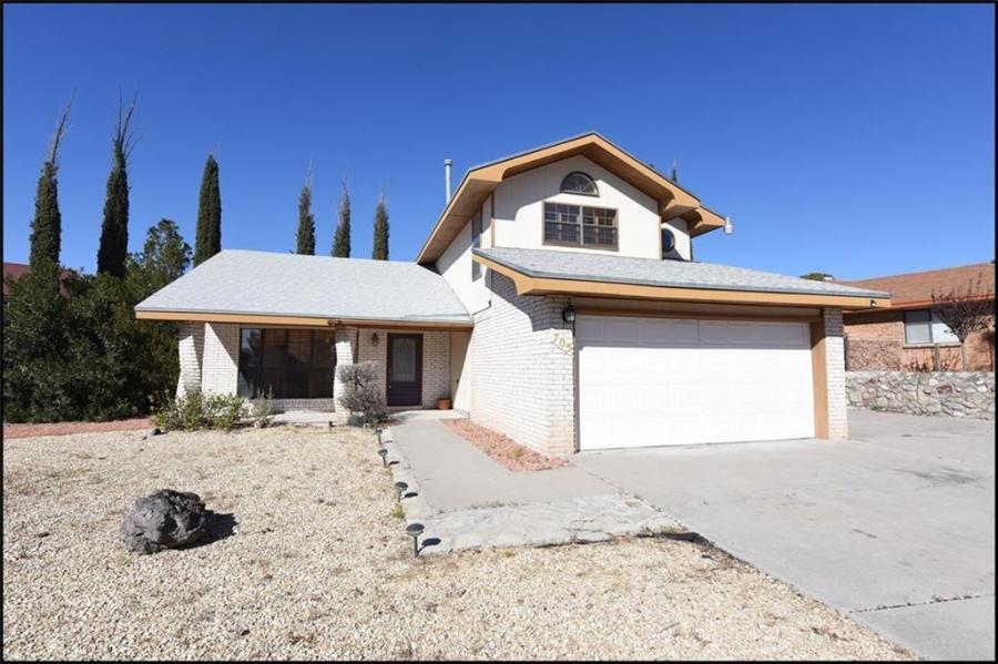 705 Villa Flores Drive, El Paso, Texas 79912, 4 Bedrooms Bedrooms, ,4 BathroomsBathrooms,Residential Rental,For Rent,Villa Flores,836002
