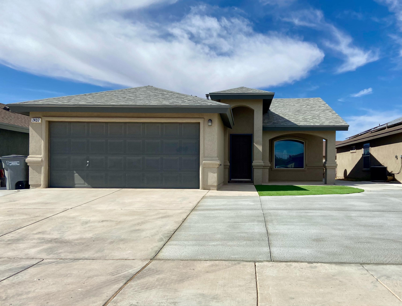 2437 DAMSEL POINT Place, El Paso, Texas 79938, 3 Bedrooms Bedrooms, ,2 BathroomsBathrooms,Residential Rental,For Rent,DAMSEL POINT,836143