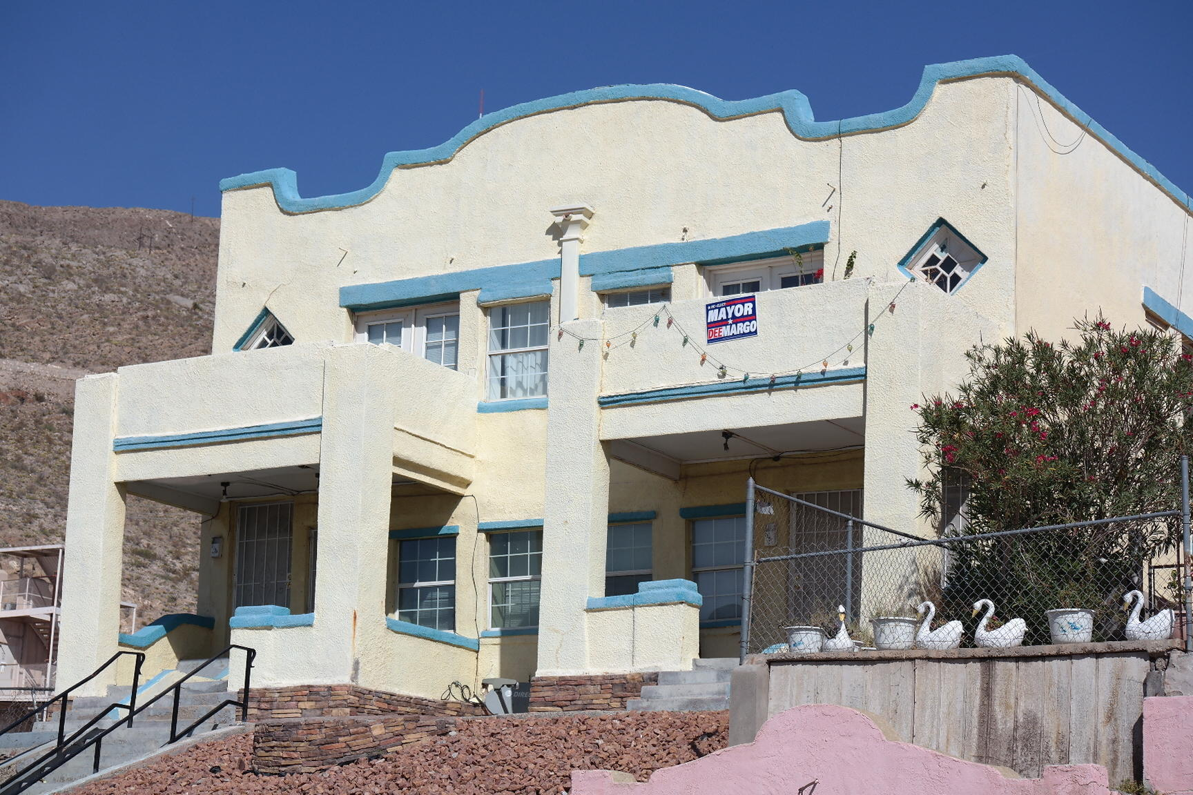 2105 MURCHISON Drive, El Paso, Texas 79930, ,Multi-family,For sale,MURCHISON,836499