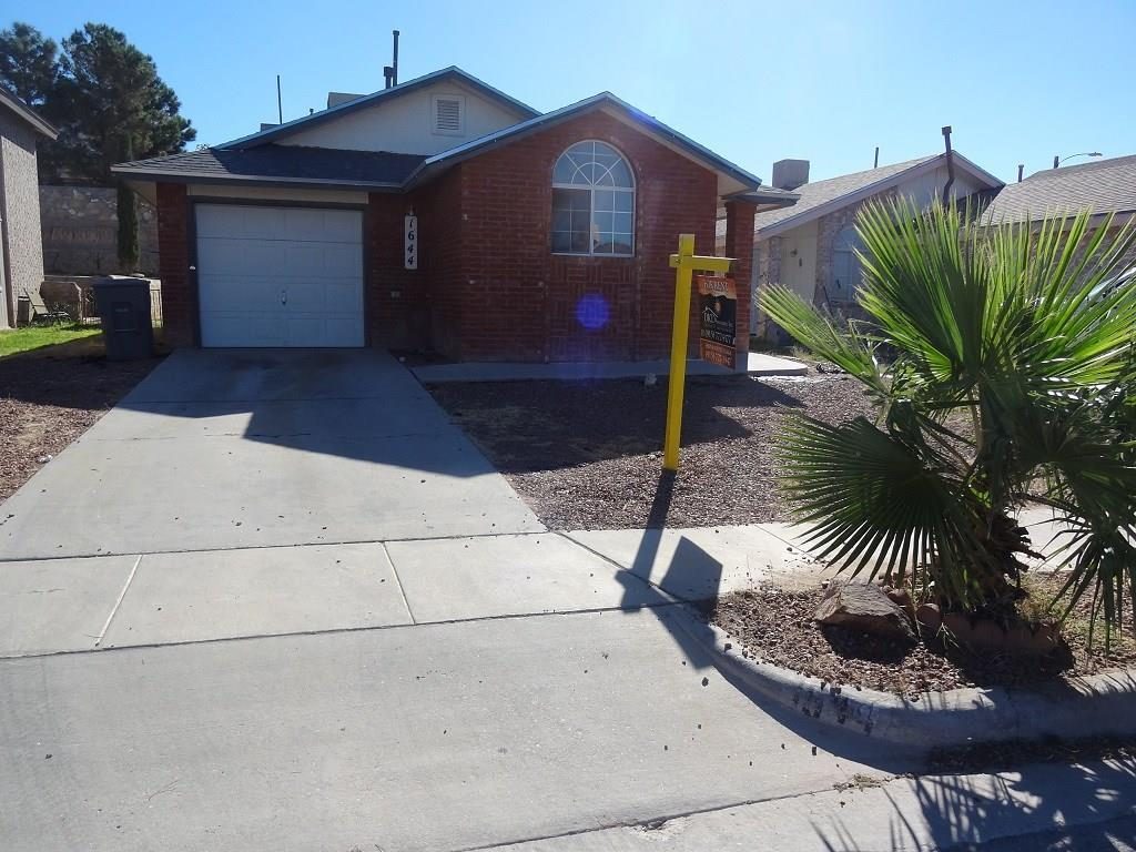 1644 SAINT CLARE, El Paso, Texas 79936, 3 Bedrooms Bedrooms, ,2 BathroomsBathrooms,Residential Rental,For Rent,SAINT CLARE,836303
