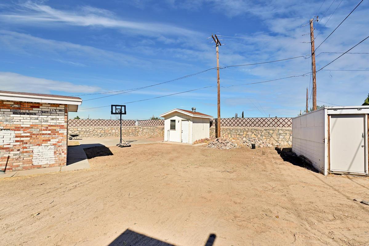8219 Rancho Verde, El Paso, Texas 79907, 4 Bedrooms Bedrooms, ,2 BathroomsBathrooms,Residential,For sale,Rancho Verde,836466