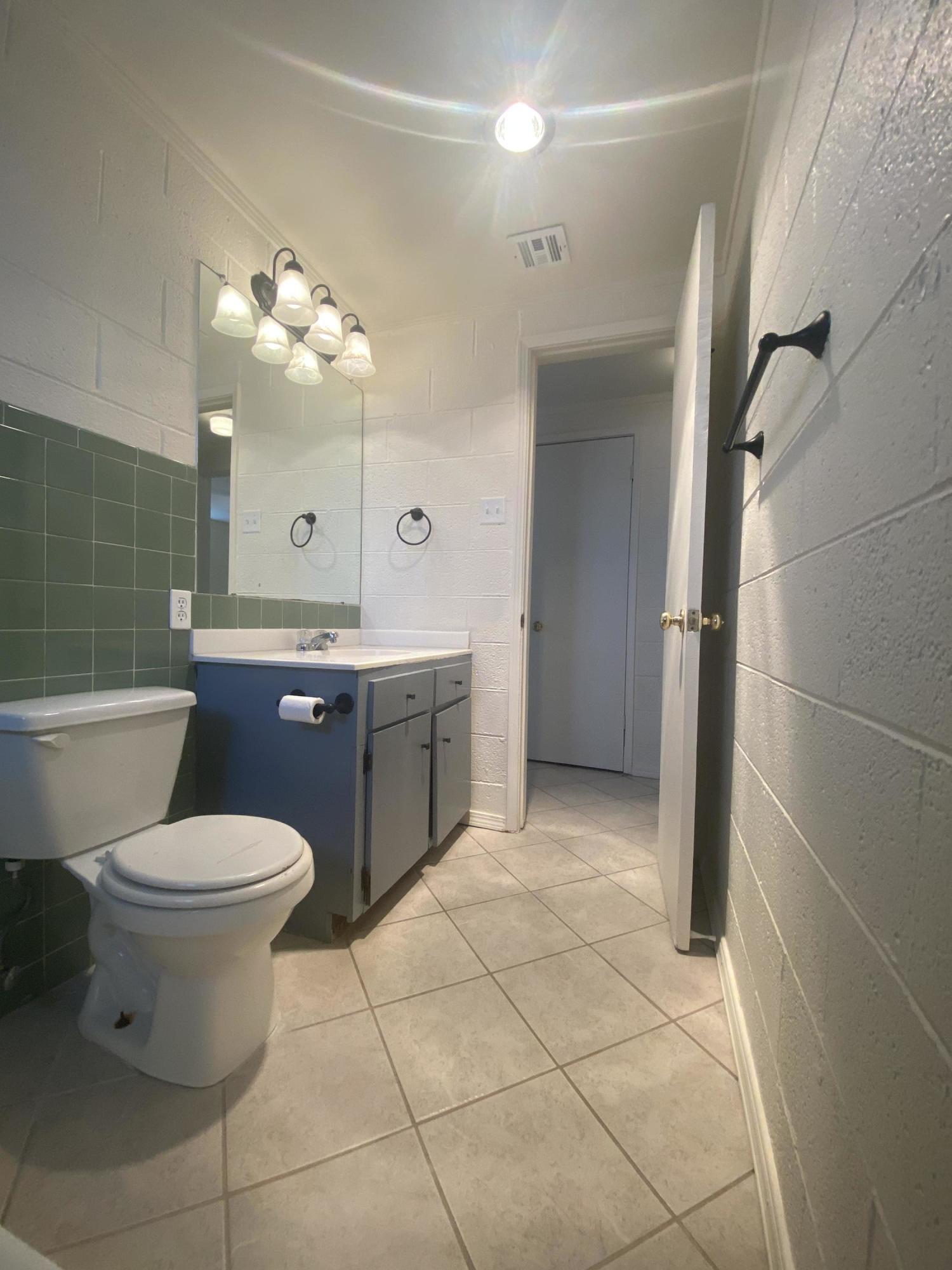 3705 Hercules Avenue, El Paso, Texas 79904, 2 Bedrooms Bedrooms, ,1 BathroomBathrooms,Residential Rental,For Rent,Hercules,836925