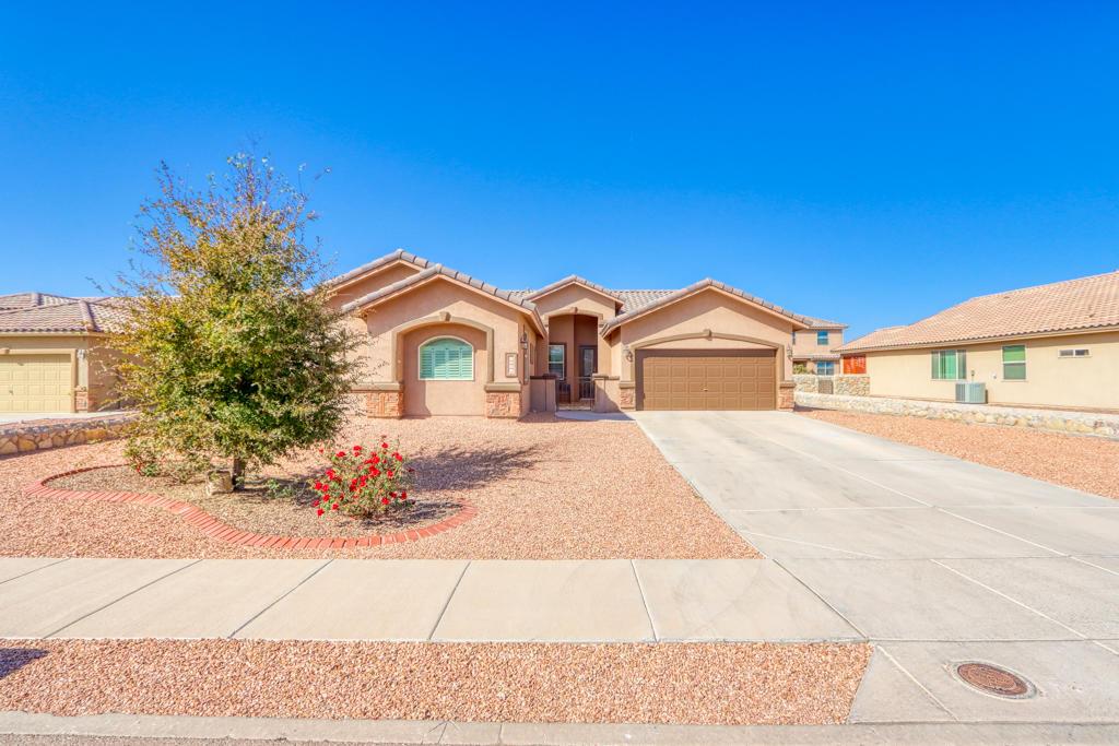 5605 Valley Oak, El Paso, Texas 79932, 3 Bedrooms Bedrooms, ,2 BathroomsBathrooms,Residential,For sale,Valley Oak,836230