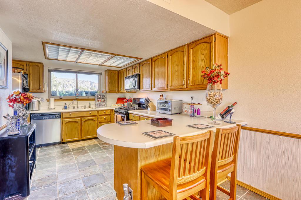 753 El Parque, El Paso, Texas 79912, 3 Bedrooms Bedrooms, ,3 BathroomsBathrooms,Residential,For sale,El Parque,837314