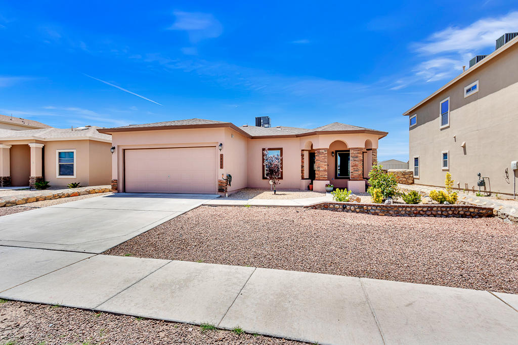 14604 RANDALL CUNNINGHAM, El Paso, Texas 79938, 4 Bedrooms Bedrooms, ,2 BathroomsBathrooms,Residential,For sale,RANDALL CUNNINGHAM,837372