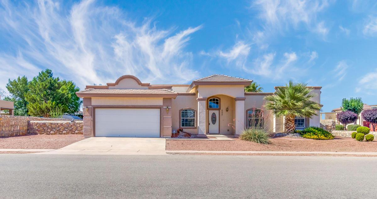 929 VALLE BELLO Avenue, El Paso, Texas 79932, 3 Bedrooms Bedrooms, ,2 BathroomsBathrooms,Residential Rental,For Rent,VALLE BELLO,837422