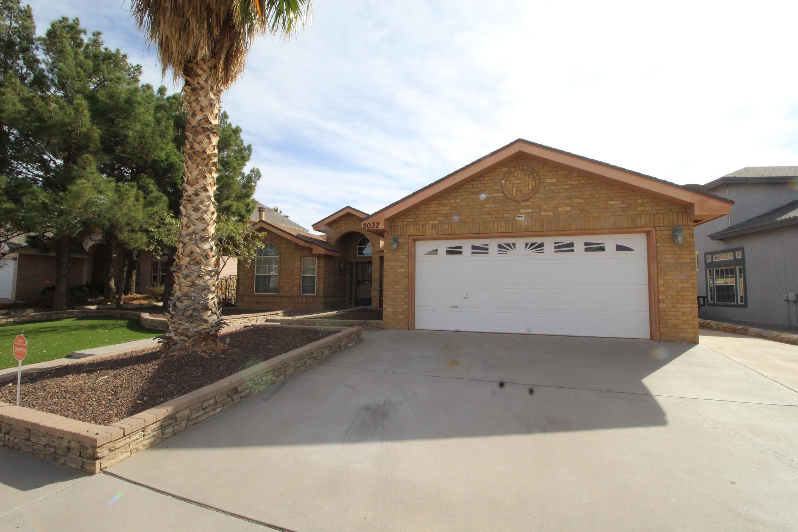 2032 SUN COUNTRY, El Paso, Texas 79938, 3 Bedrooms Bedrooms, ,2 BathroomsBathrooms,Residential,For sale,SUN COUNTRY,837461