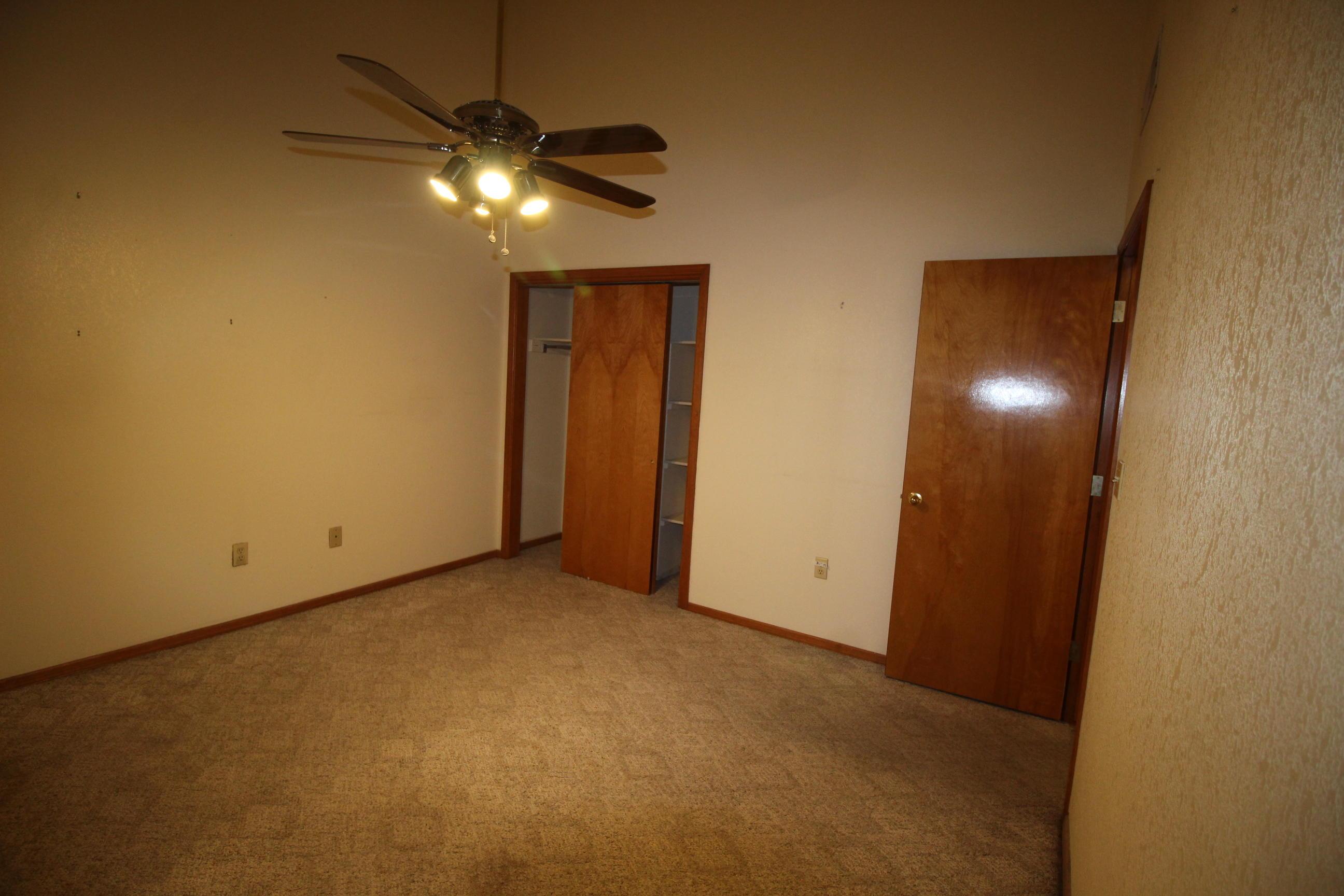 2032 SUN COUNTRY, El Paso, Texas 79938, 3 Bedrooms Bedrooms, ,2 BathroomsBathrooms,Residential,For sale,SUN COUNTRY,837461