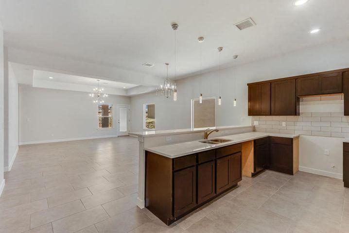 13587 doncaster, El Paso, Texas 79928, 4 Bedrooms Bedrooms, ,2 BathroomsBathrooms,Residential,For sale,doncaster,837641