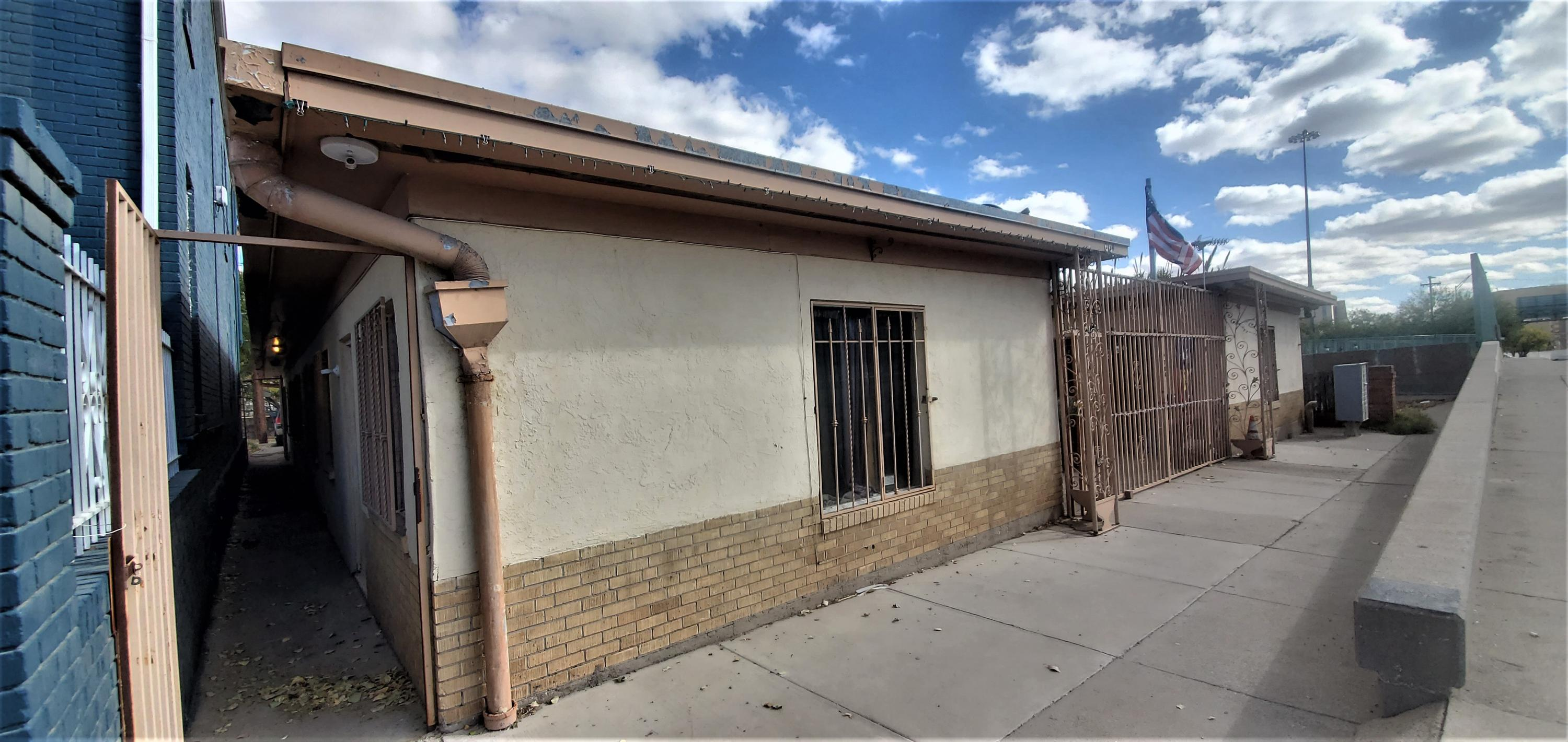 704 CAMPBELL Street, El Paso, Texas 79902, 1 Bedroom Bedrooms, ,1 BathroomBathrooms,Residential Rental,For Rent,CAMPBELL,837833