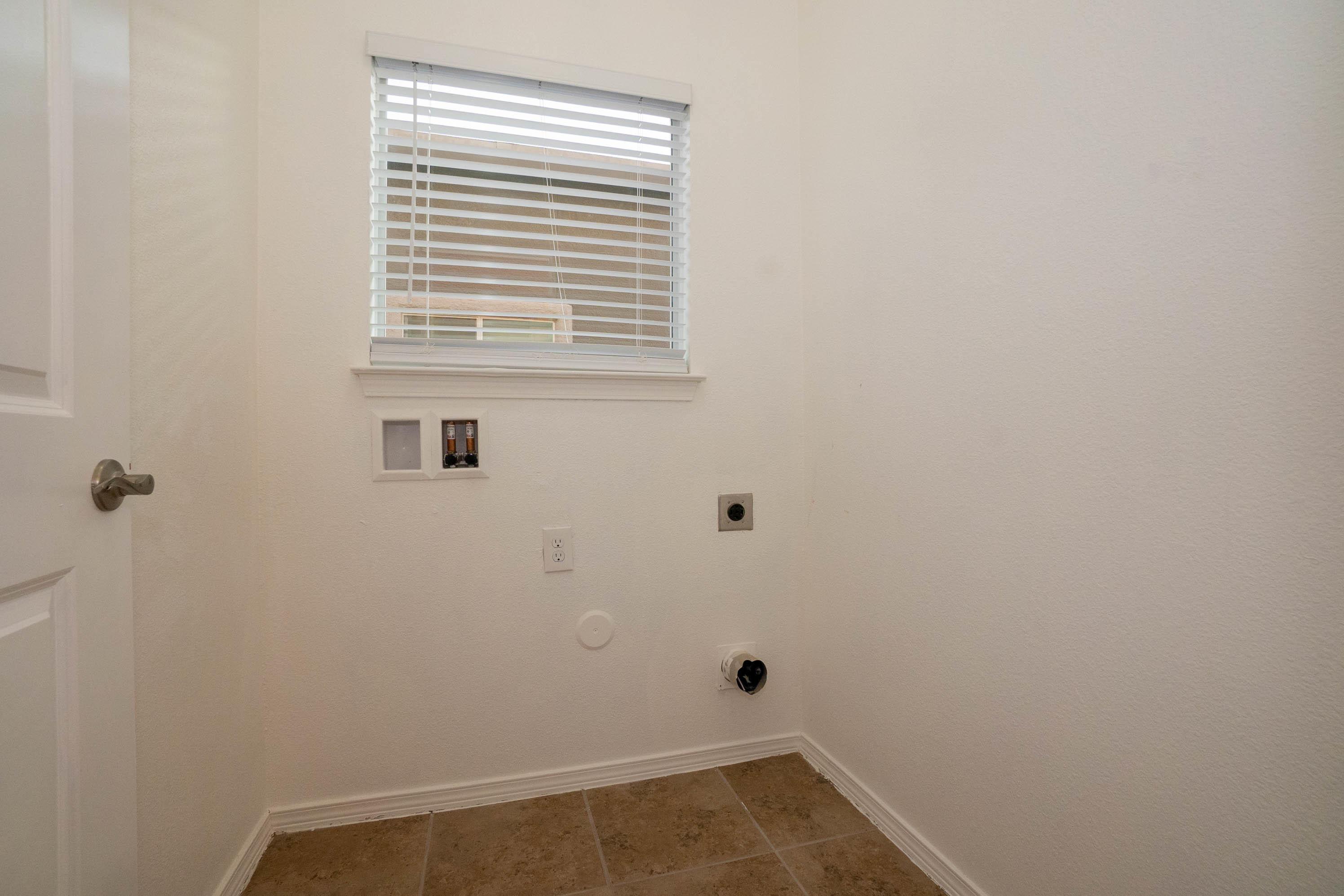 2214 Hannah Leigh, El Paso, Texas 79938, 4 Bedrooms Bedrooms, ,3 BathroomsBathrooms,Residential,For sale,Hannah Leigh,839507