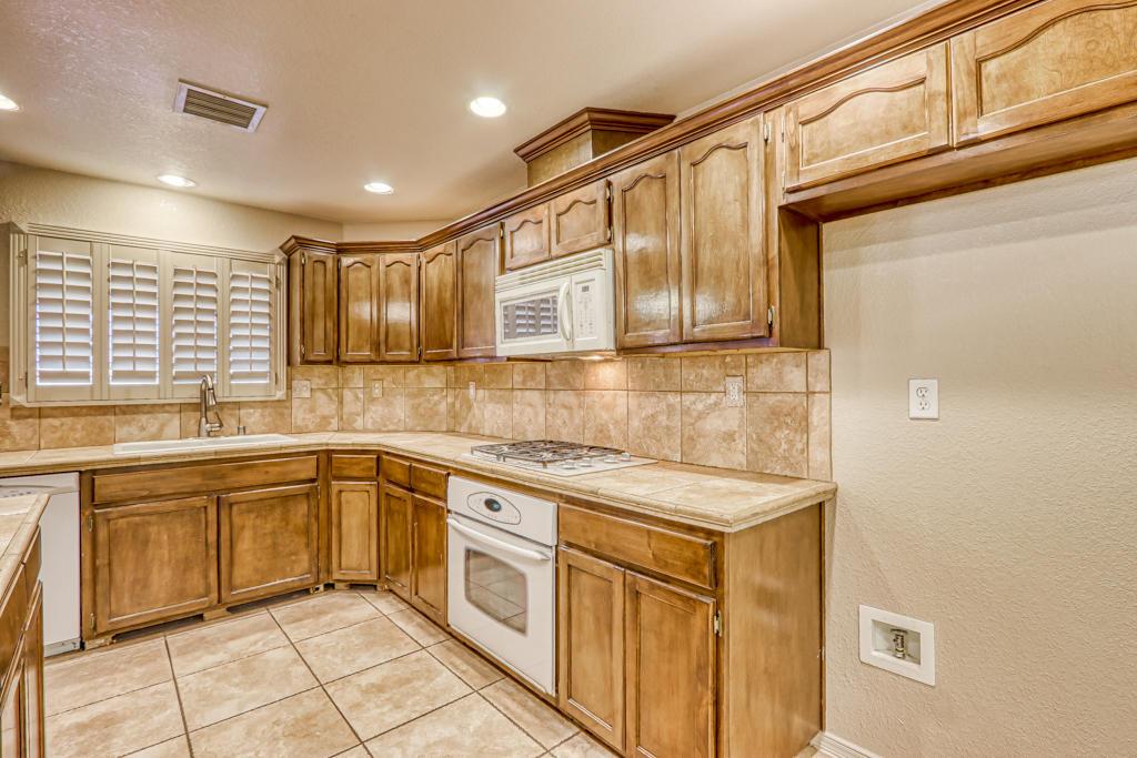 3825 Tierra Lisboa, El Paso, Texas 79938, 4 Bedrooms Bedrooms, ,2 BathroomsBathrooms,Residential,For sale,Tierra Lisboa,839514
