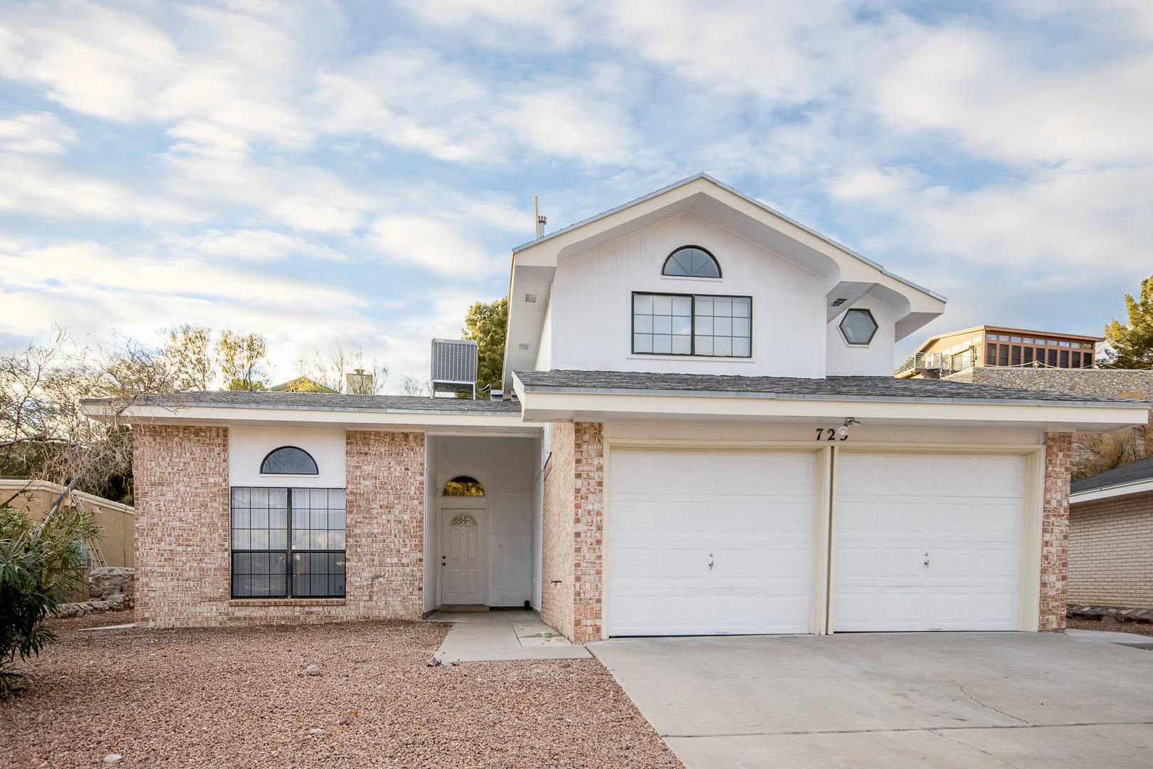 725 VILLA VANESSA, El Paso, Texas 79912, 4 Bedrooms Bedrooms, ,3 BathroomsBathrooms,Residential,For sale,VILLA VANESSA,839555