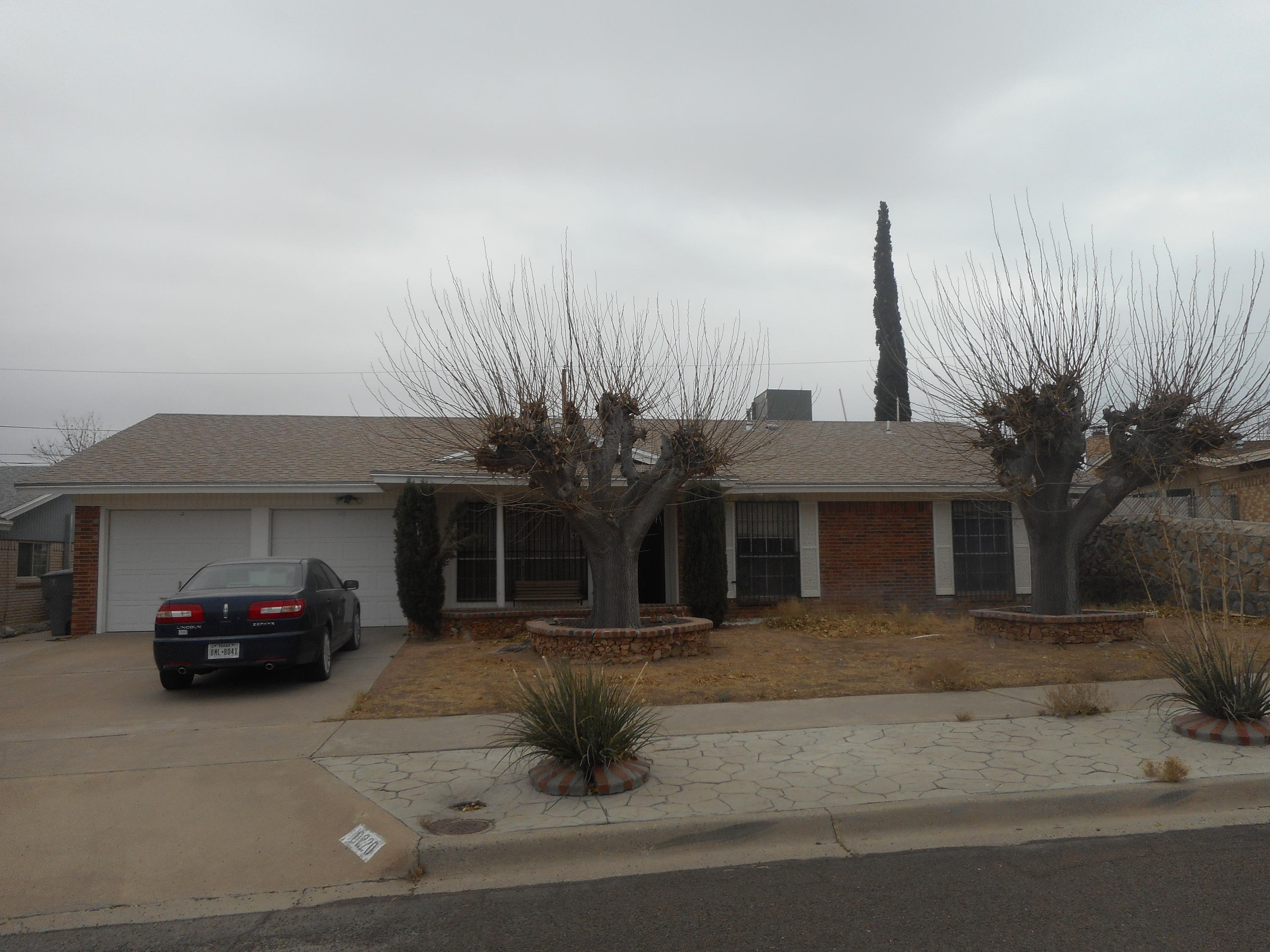 10220 AGGIE, El Paso, Texas 79924, 3 Bedrooms Bedrooms, ,2 BathroomsBathrooms,Residential,For sale,AGGIE,839760