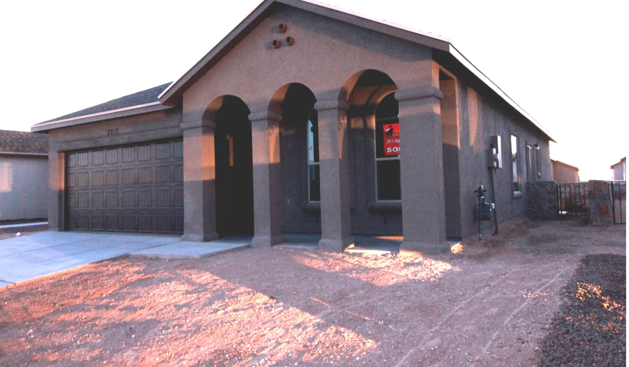 14348 CHRIS ZINGO, El Paso, Texas 79928, 3 Bedrooms Bedrooms, ,2 BathroomsBathrooms,Residential,For sale,CHRIS ZINGO,839985