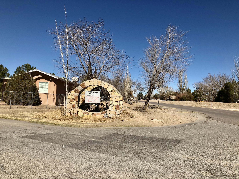 397 Arroyo Grande, El Paso, Texas 79932, 2 Bedrooms Bedrooms, ,2 BathroomsBathrooms,Residential,For sale,Arroyo Grande,841619