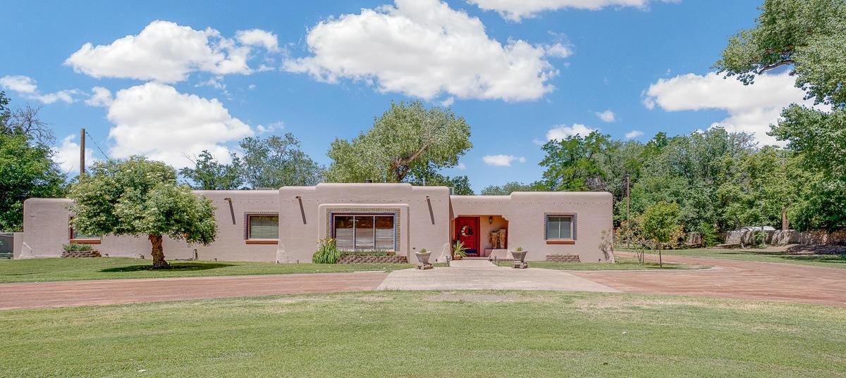 5225 MONTOYA, El Paso, Texas 79932, 4 Bedrooms Bedrooms, ,4 BathroomsBathrooms,Residential,For sale,MONTOYA,844259