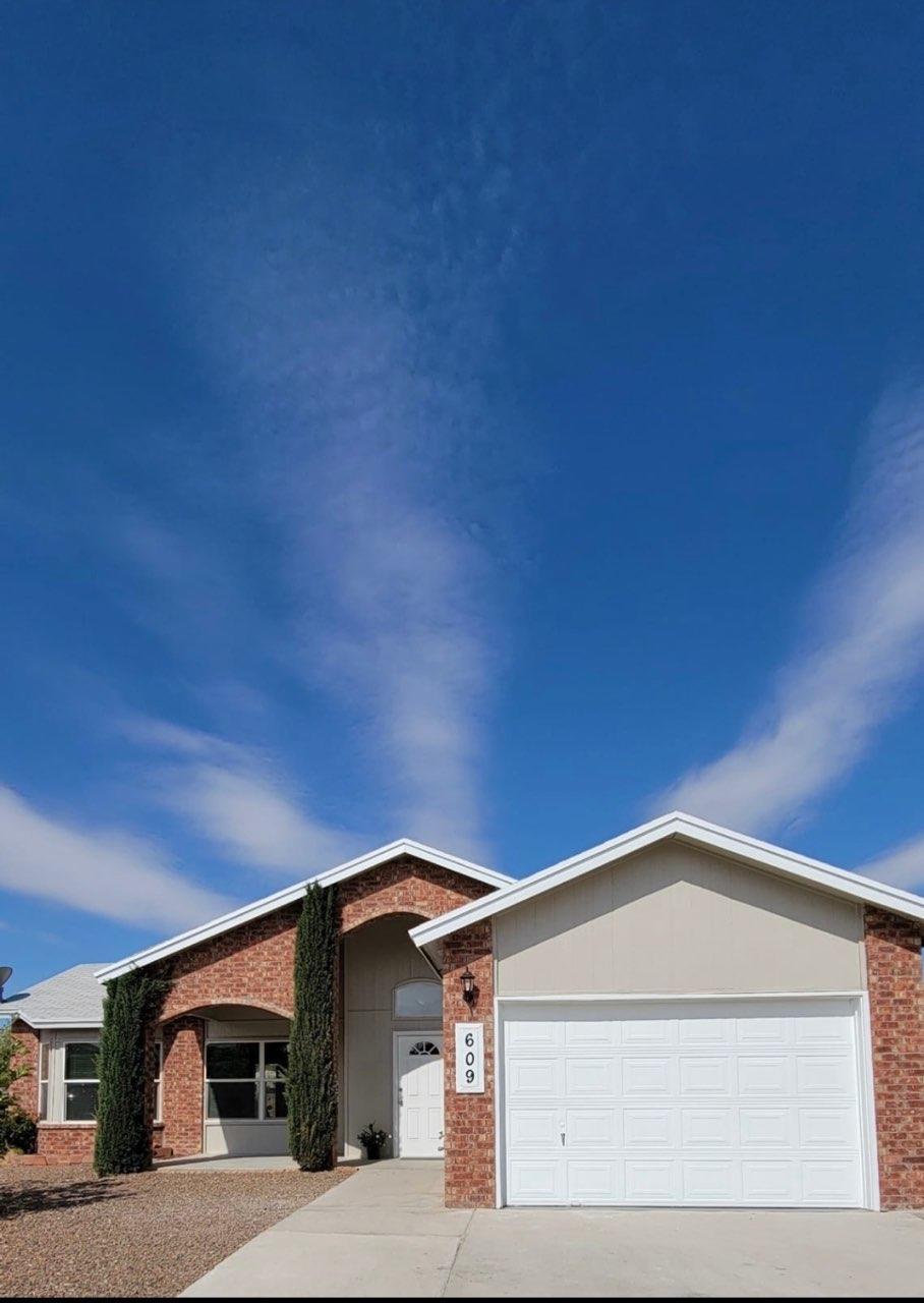 609 Valle De Bravo, Horizon City, Texas 79928, 4 Bedrooms Bedrooms, ,2 BathroomsBathrooms,Residential,For sale,Valle De Bravo,844339