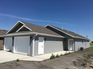 3901 S 35TH ST, GRAND FORKS, ND 58201