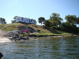 4039 E Lake Rd, CRARY, ND 58327