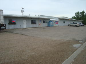 1509 S ND-20, DEVILS LAKE, ND 58301