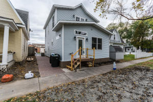 515 N 4TH AVE, GRAND FORKS, ND 58203