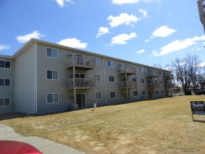 3531 N 13TH AVE, GRAND FORKS, ND 58203