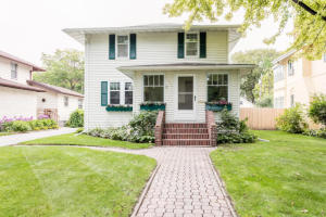1007 REEVES DRIVE, GRAND FORKS, ND 58201