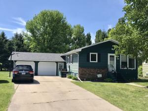 25 NW GARDEN CT, EAST GRAND FORKS, MN 56721