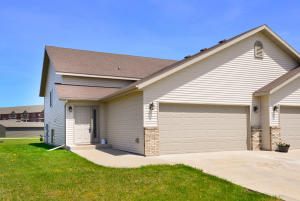 3777 S 19TH ST, GRAND FORKS, ND 58201