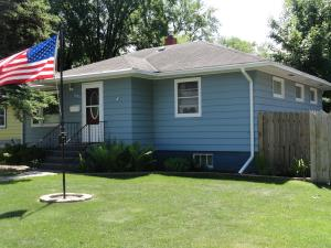 1905 N 4TH AVE, GRAND FORKS, ND 58203