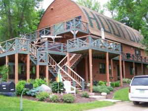 10449 ROAD HOOT OWL LAKE, WAUBUN, MN 56589
