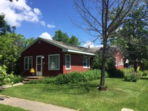 209 SCOTT AVE, GILBY, ND 58235