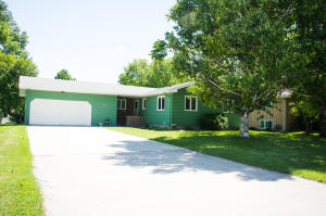 1025 SE 10TH AVE, EAST GRAND FORKS, MN 56721
