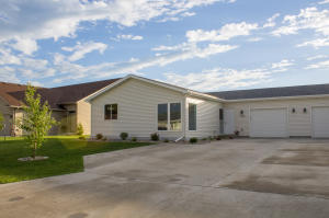 1606 SE 13TH AVE, EAST GRAND FORKS, MN 56721