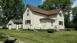 421 4TH AVE, MAYVILLE, ND 58257