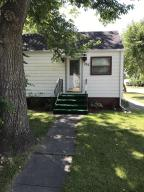 702 16TH ST S, GRAND FORKS, ND 58201