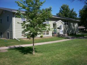 824 S 10TH ST, GRAND FORKS, ND 58201