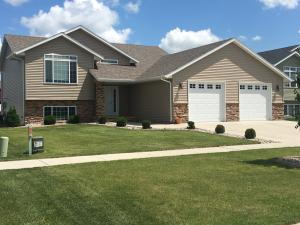 3877 S 17TH ST, GRAND FORKS, ND 58201