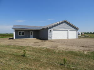 612 PRAIRIEWOOD VISTA, WARWICK, ND 58381