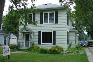 609 S CODE AVE, PARK RIVER, ND 58270