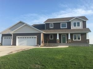 211 PARKWAY LN, NORTHWOOD, ND 58267