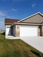 5557 S 11TH ST, GRAND FORKS, ND 58201